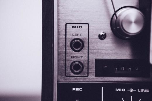 mic-plugs-349844_960_720